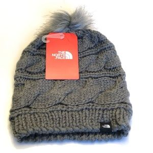 The North Face- Triple Cable Fur Pom, NWT